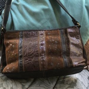 Fossil designed leather shoulder bag